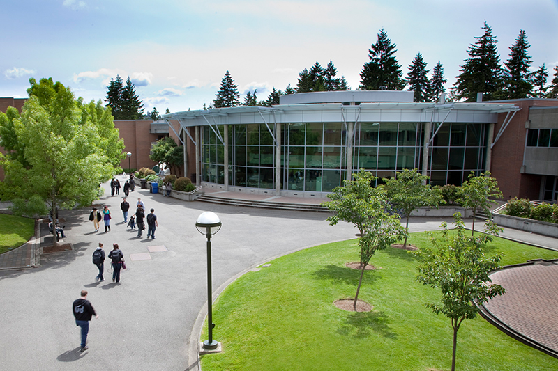 Courtyard of Bellevue College
